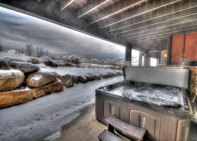 Private Hot Tub - Winter