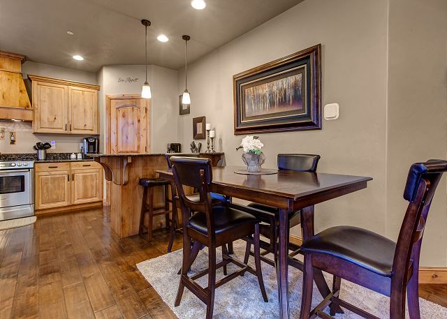 The dining room table and bar, 6-8 people can sit comfortably and enjoy a meal or board games.