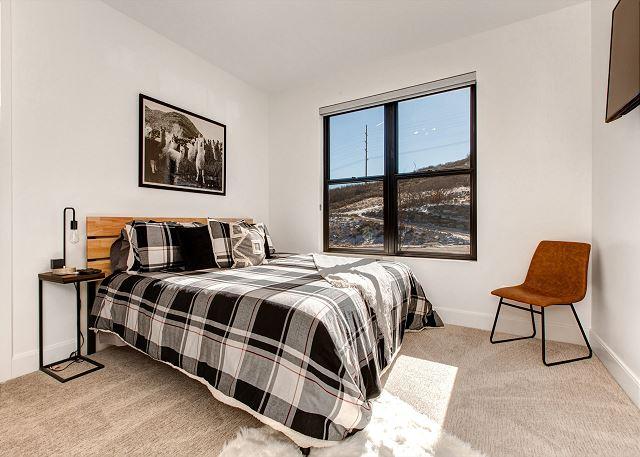Main Level 2nd Bedroom with En Suite Bathroom