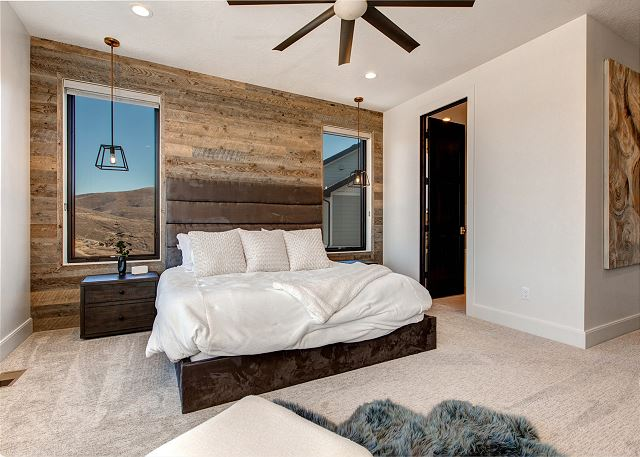 Master Bedroom with King Bed, En Suite Bathroom, TV and Walk-out Balcony