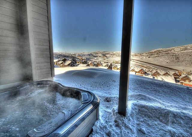 Private Sunken Hot Tub - Gorgeous Views!