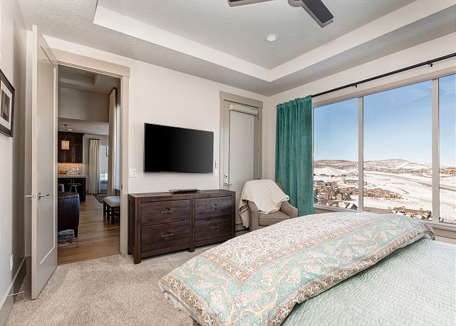 Main Level Master with King Bed, Access to Balcony and En Suite Bathroom