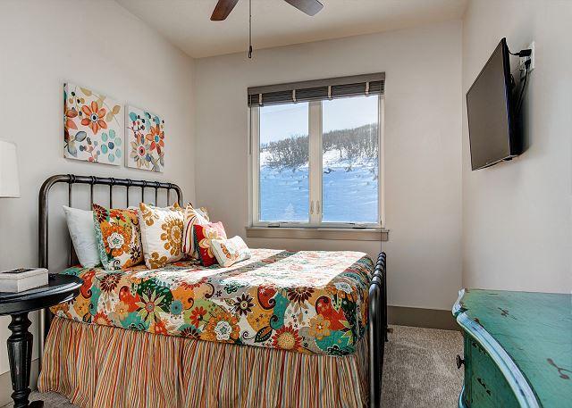 Lower Level Full Bedroom
