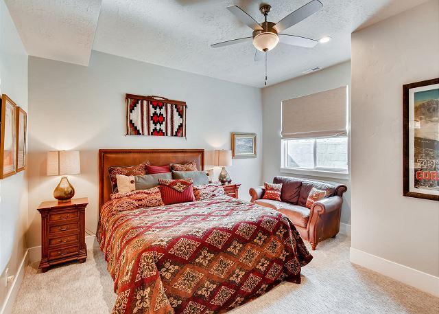 Lower Level King Master Bedroom with En Suite Bathroom