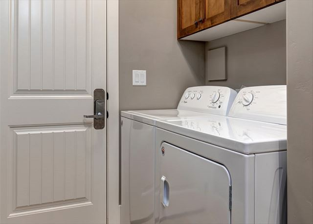 Washer/Dryer (in home)