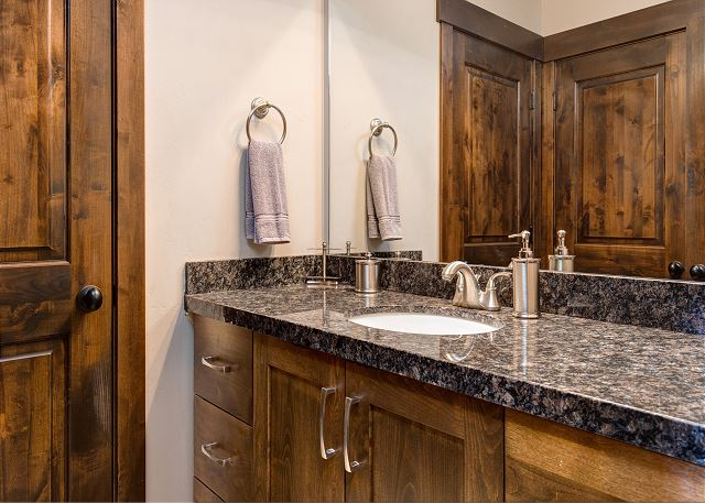 Both bedrooms share a full bathroom with a tub/shower combination.