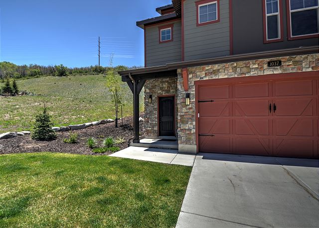 Corner unit, mountainside for extra privacy. Two car garage and two car driveway.