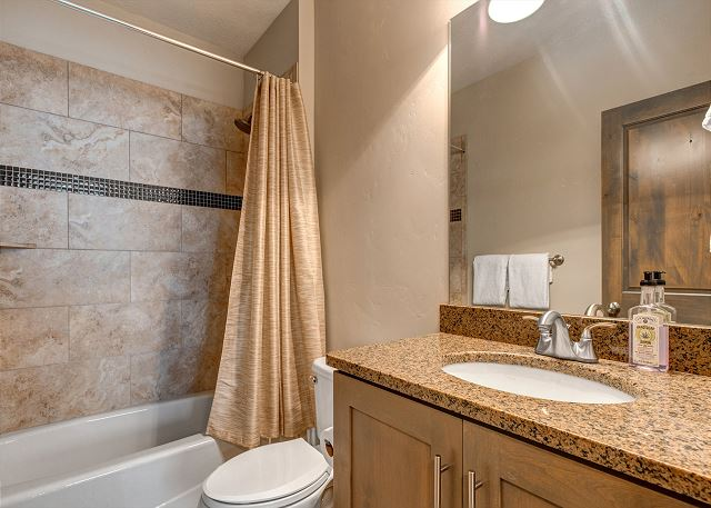 Downstairs Full Bathroom with Tub/Shower Combo