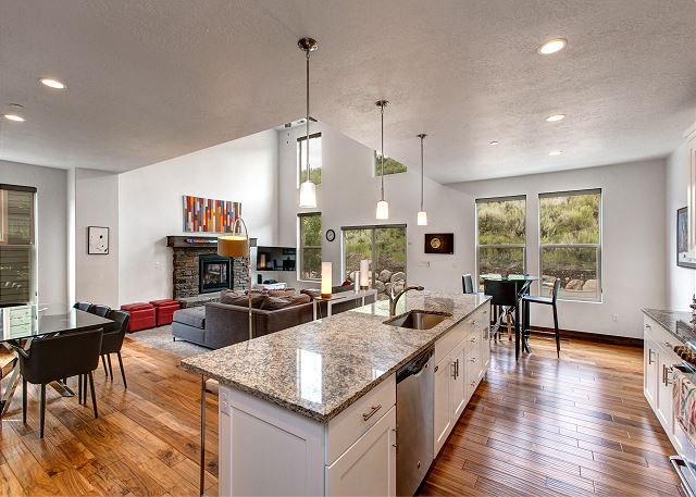 Bright and Spacious and Open! Living/Dining/Kitchen area