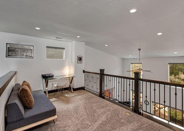 Loft with twin futon, desk and printer