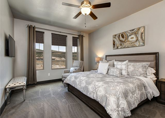 Main level master bedroom - King bed with en suite bathroom