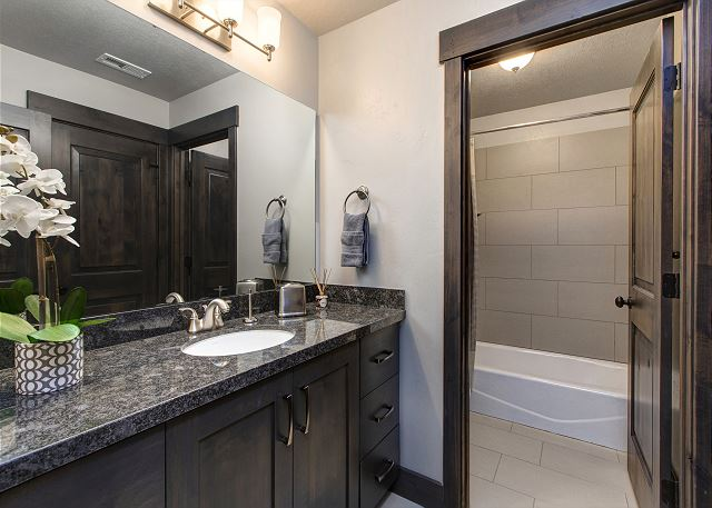 Bathroom - tub/shower combo