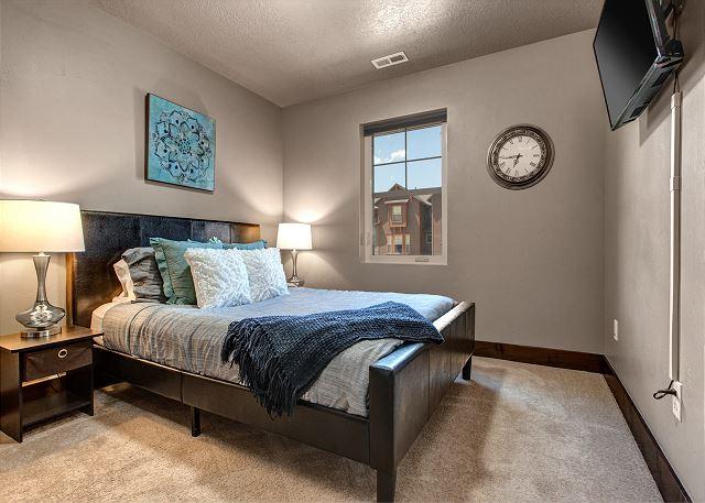 Upstairs Queen Bedroom 1