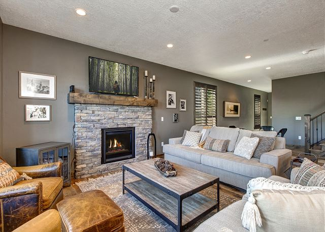 Living Room with Sleeper Sofa, Fire Place and Smart TV with Dish