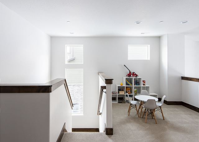 Upstairs Loft Area with Child's Table and Toys