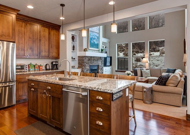 Open Kitchen: Great for cooking and socializing!