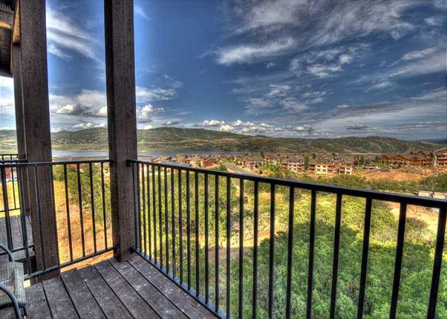 13-sw3072_balcony_view_800w