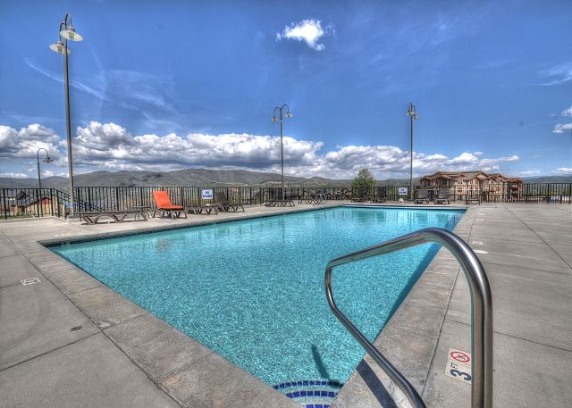 The Stillwater Pool - Large and Clean with Amazing Views for Swimming and Sun Bathing