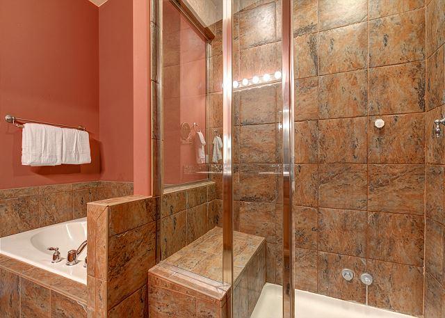 Bear Hollow Village 5431 - Park City, UT - Upstairs Master Bathr