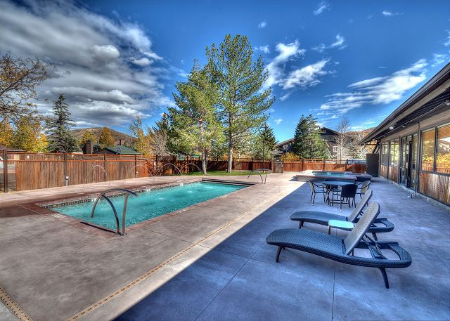 The Prospector Condos Pool (summer)