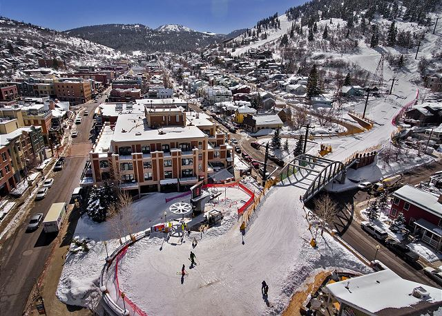 Ski in and out of Main St.