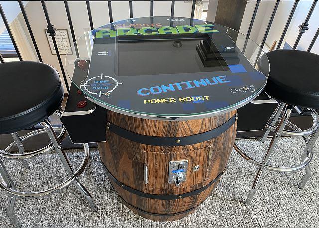 Retreat 13525 Arcade Game Table