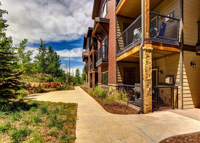 Bear Hollow Ridge 2203