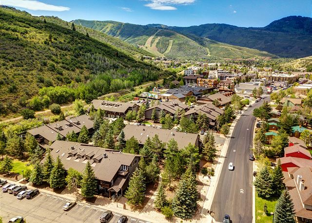 Aerial view---Prospector is only 2-3 minutes to Main Street and the Park City Mountain Resort