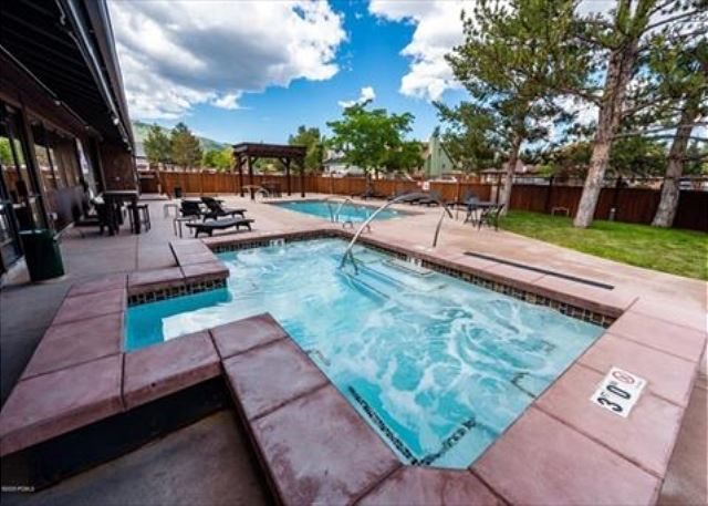 Large, new hot tub - open all year