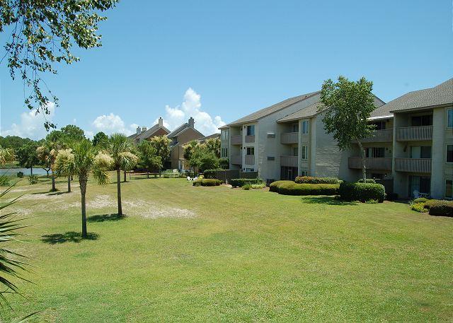 Cove side Exterior of Bluff Villas