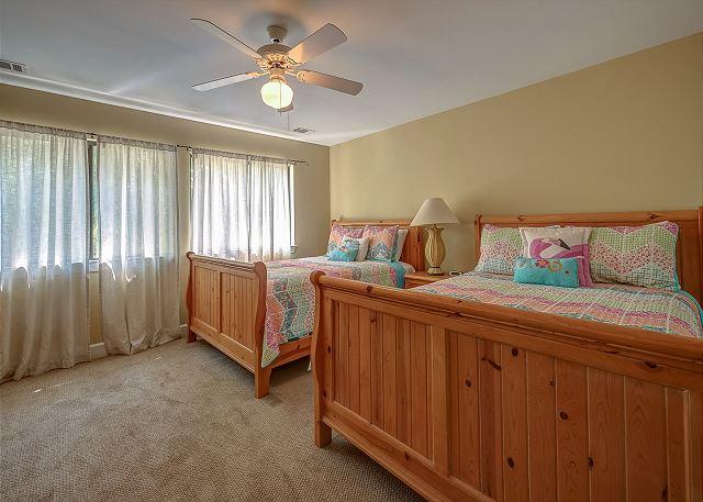 Upper Level Guest Suite - 2 Doubles