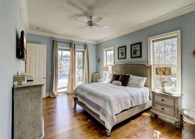 1 Floor King Suite
