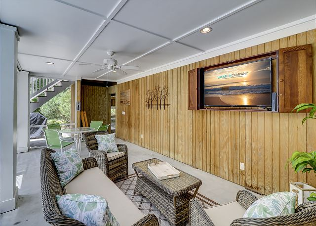 Pool Level Screened Porch