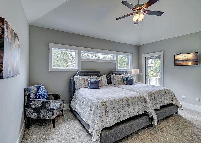 2nd Floor Guest Suite - 2 Doubles