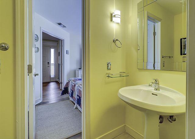 Guest Suite 1/2 Bathroom