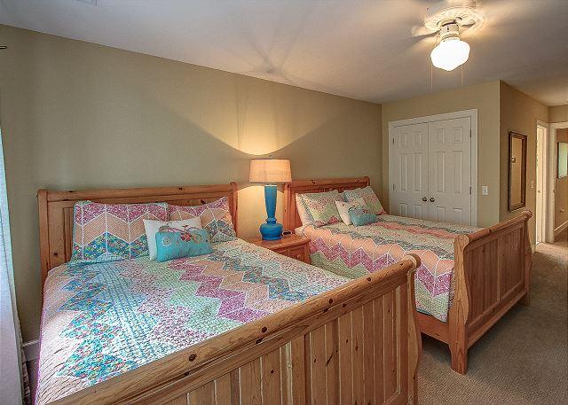 2nd Floor Guest Bedroom 2 Queens