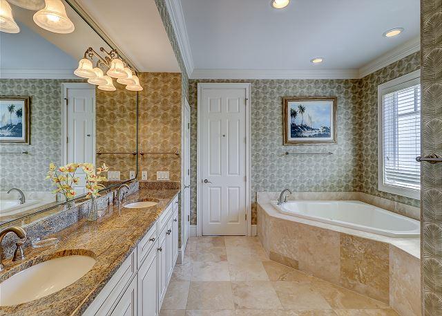 2nd Floor Master Suite Full Bathroom