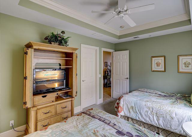Guest Suite with 2 Queen Beds