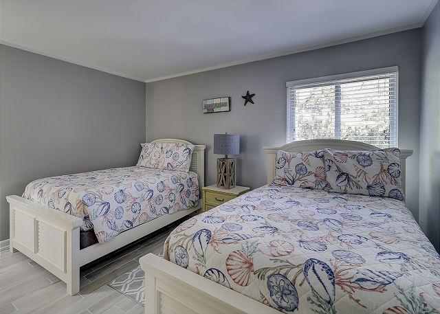 Guest Bedroom - 2 Doubles - Sleeps 4