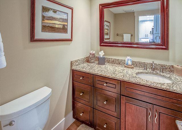 2nd Floor Hall Full Bathroom
