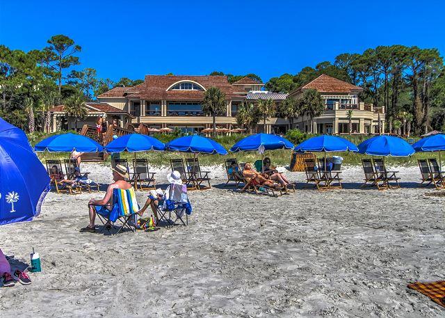 Seq Pines Beach Club