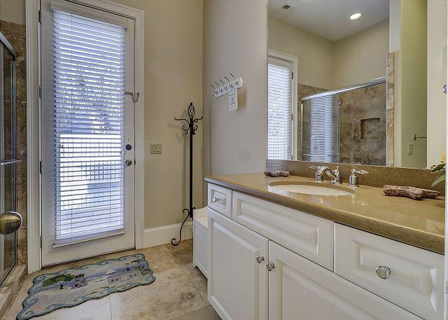 Guest/Pool Full Bathroom