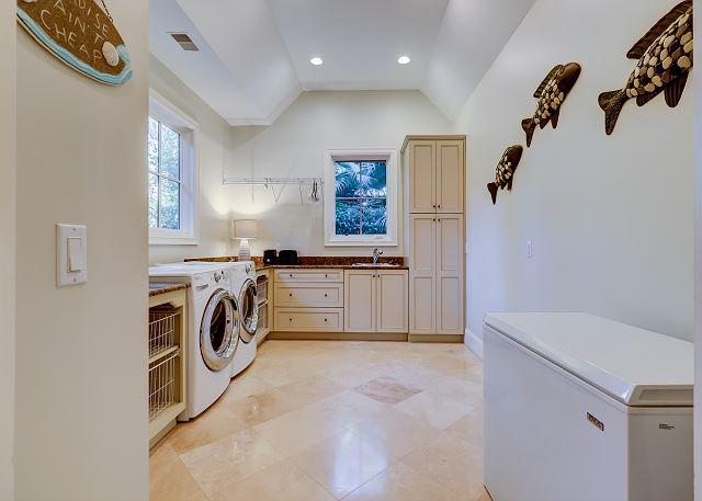 Laundry Room & Extra Freezer