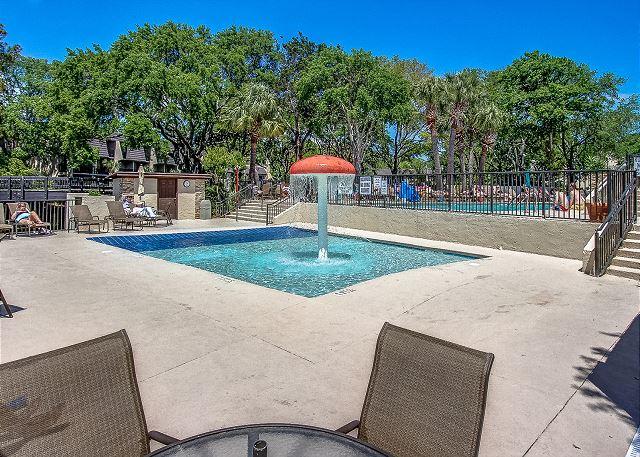 Island Club Kiddy Pool
