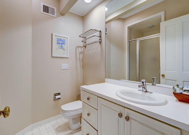 1st Floor Guest Suite Full Bathroom