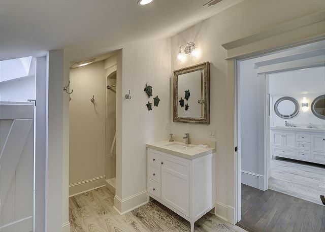 Bunk Bedroom Double Bathroom