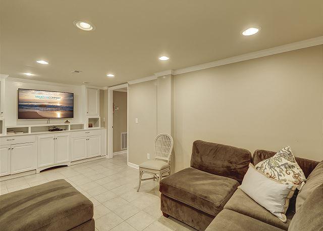 Lower Level Den (off garage)