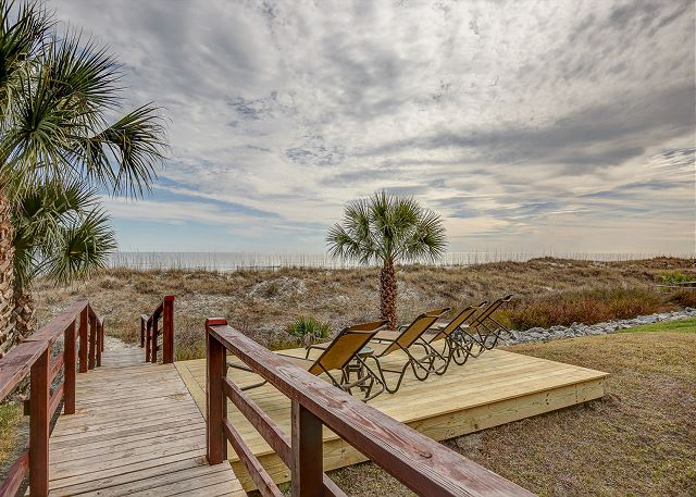 Private Beach Access and Sundeck