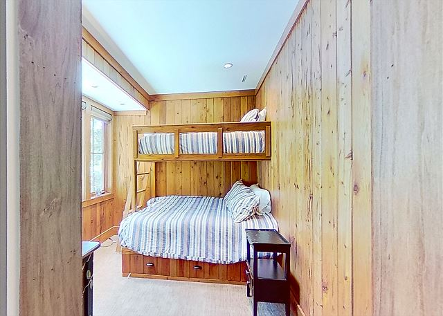 Guest Bunk Room - 1 Twin over 1 Full - Sleeps 3