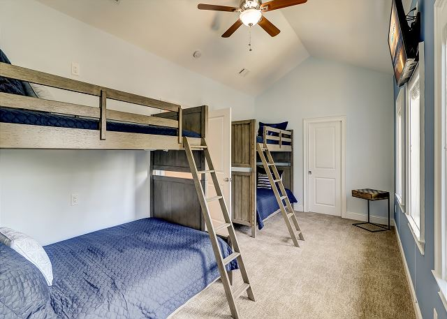 Bunk Room 2nd Floor
